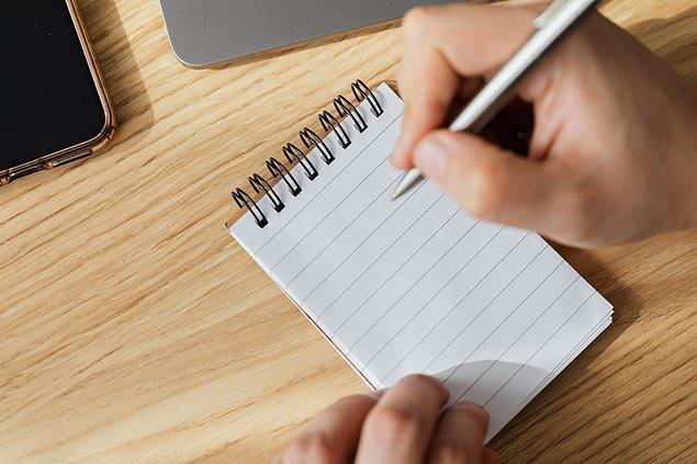 9. Birine tükenmez kalem ödünç verdiğinizde kalemin kapağını vermeyin. Bu karşı tarafın kalemi size geri vermeyi unutmamasını sağlayacaktır.