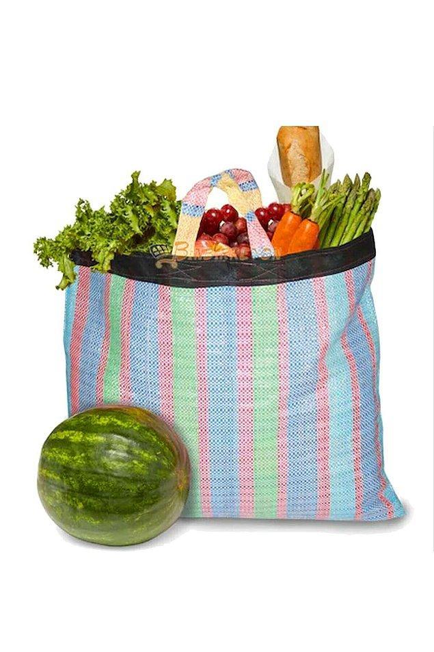 Sizce de eskiden babaannelerimizin pazara giderken kullandığı çantalara çok benzemiyor mu?