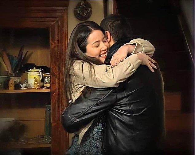 İlk projesi olmasına rağmen akıllara kazınacak bir oyunculuk ortaya koyan güzel oyuncu, 160. bölümde kendisine zor zamanlar yaşatan Sedat'ı evlenecekleri gün çatıdan iterek ölümüne sebep olmuştu.