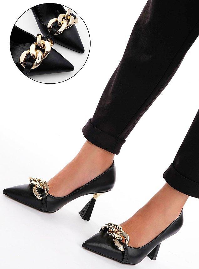 10. Marjin markasına ait topuklu ayakkabı modellerine göz atmadan geçmemenizi öneririz.