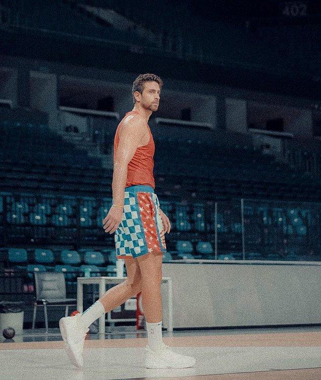 1997 doğumlu NBA oyuncusu Furkan Korkmaz ve İrem Sak'tan gelecek açıklamayı sabırsızlıkla bekliyoruz.