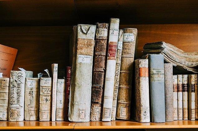 4. Latincede 800 tane küfür vardır, İngilizcede ise 20 tane küfür kelimesi bulunmaktadır.