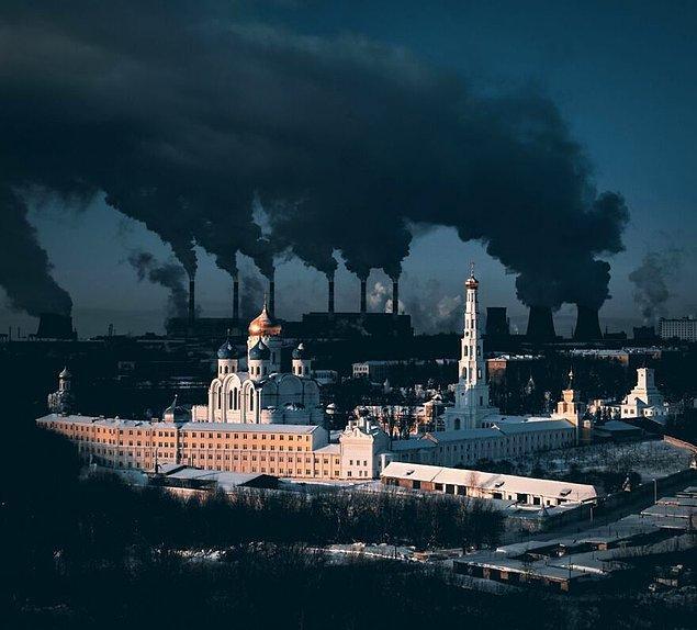 10. Şehir ve Kış Hakkında Mecazi Açıklama - Sergei Poletaev (Kent Kategorisi Birincisi)