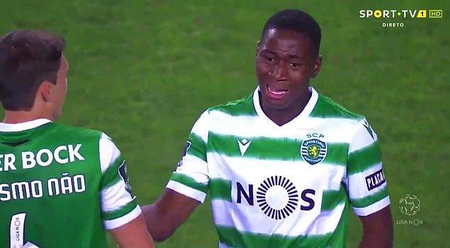 8. Portekiz ligi tarihindeki en genç Portekizli Dário Essugo.