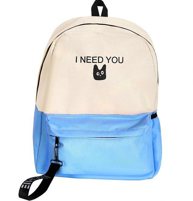 2. Okula giderken bu büyük bir sırt çantası ile çok rahat edeceksiniz.