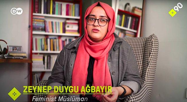 Feminist Zeynep Duygu Ağbayır'la başlayalım isterseniz: Ağbayır, cemaatin bünyesinde medrese eğitimi görmüş ve ardından da sübyan mektebinde bir süre hocalık yapmış bir kadın.