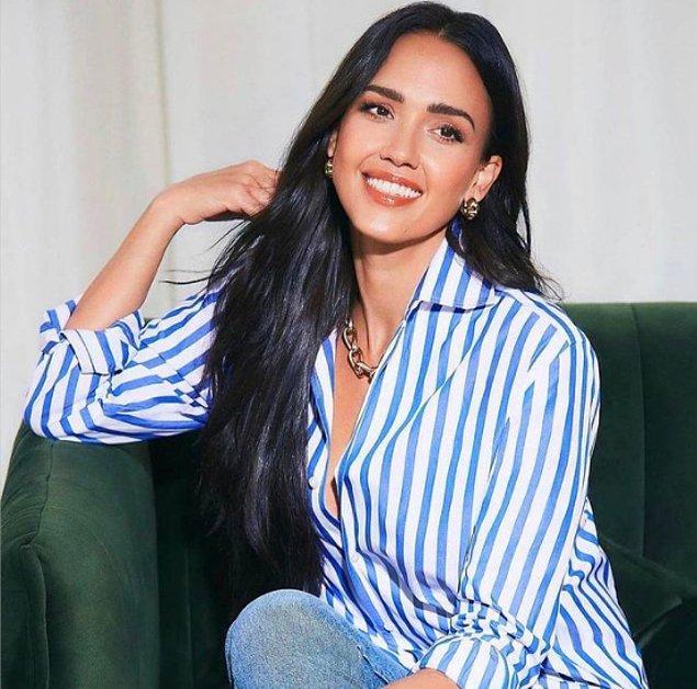 People dergisine verdiği röportajda, kariyerinin başından beri insanların hep onu 'sadece güzel bir yüz' olarak gördüğünü ancak kendisinin de erkeklerle aynı muameleyi görmek istediğini söylüyor Jessica.