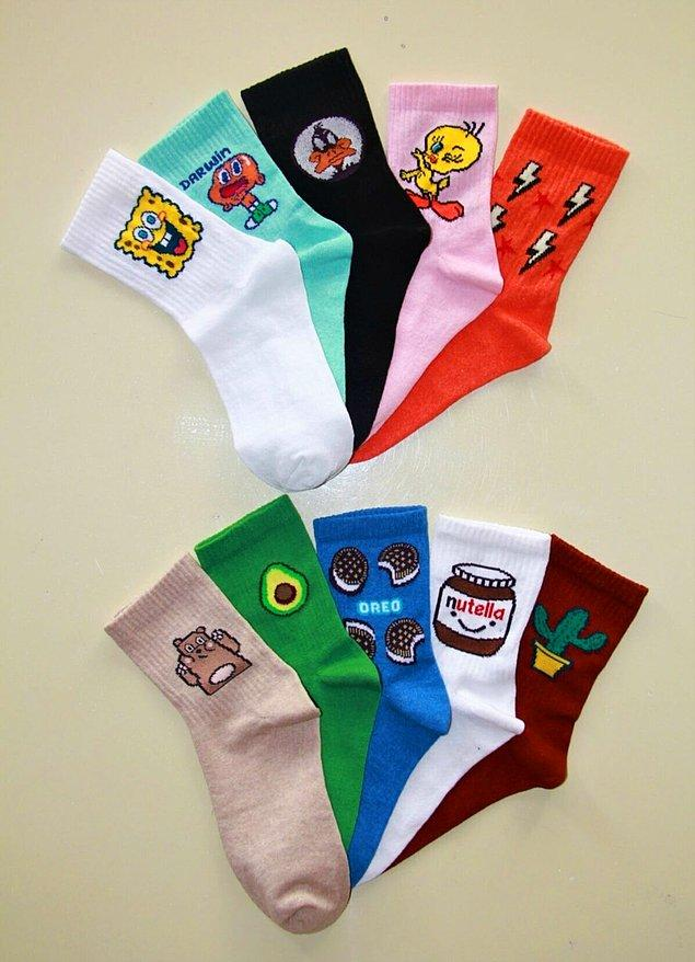 10. Bu sette bütün kış yetecek kadar güzel çorap var!
