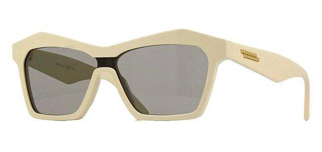 10. Dikkat Bottega Veneta güneş gözlük modellerine aşık olabilirsiniz!