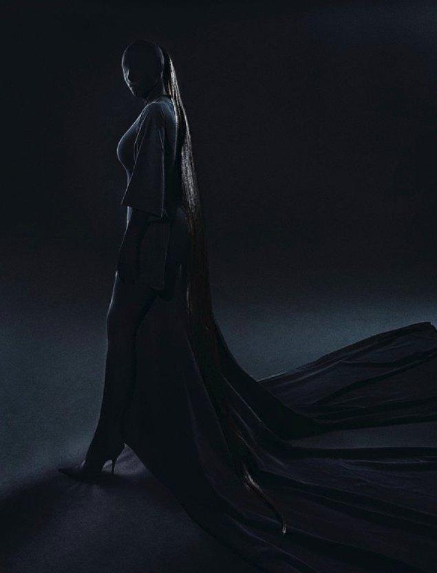 Daha sonrasında ise Kim Harry Potter'daki ruh emiciler gibi geceye katıldı.