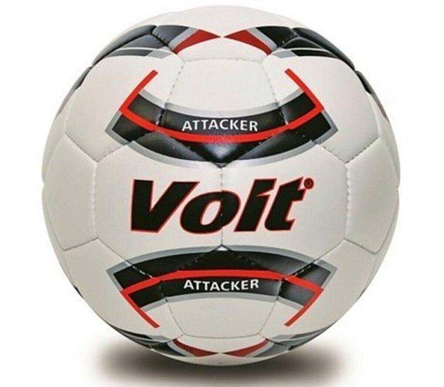 5. Tabii bir de iyi bir futbol topuna ihtiyaç var.