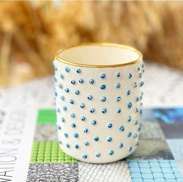 4. Kem gözlerden uzak bir kahve keyfine ne dersin? 😂