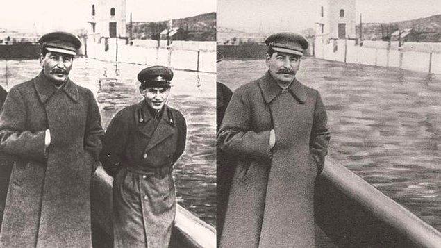 10. Bu fotoğraf yalnızca içerisinde Stalin'in olmasıyla değer kazanmıyor. Aynı zamanda da tarihin ilk photoshop örneklerinden de bir tanesi. 1937 yılında çekilen ilk fotoğrafta Stalin ve gizli polis memuru Yezhov var. 1939 yılında Yezhov tutuklanınca, Sovyet hükumeti Yezhov'un yer aldığı tüm belgeleri silmeye başlamış.