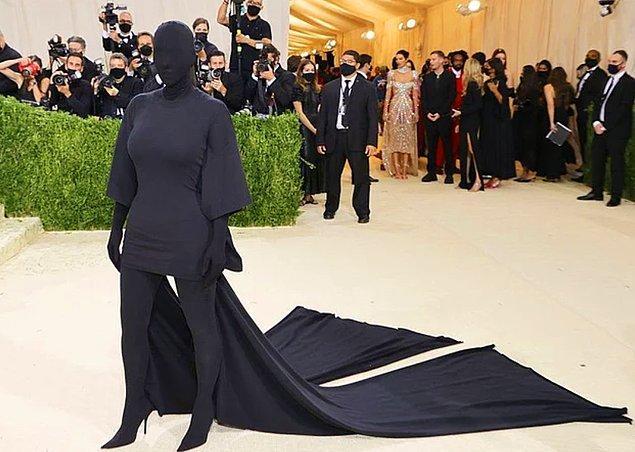 3. Kim Kardashian, Met Gala gecesine nasıl hazırlandığıyla ilgili açıklamalarda bulundu!