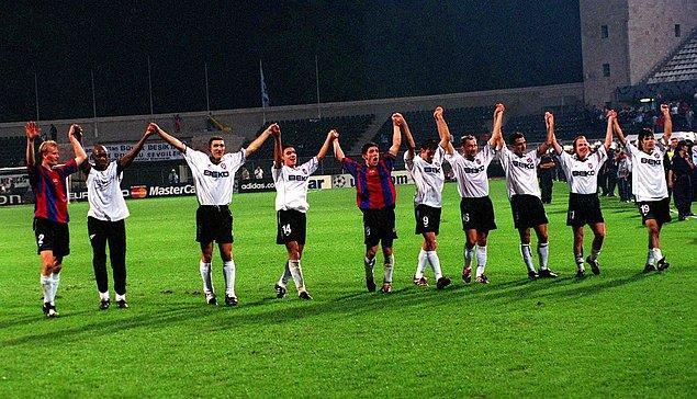 11. 19 Eylül 2000 / Beşiktaş 3:0 Barcelona