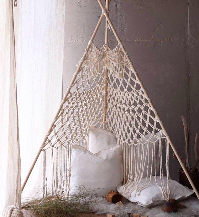 Konseptiniz için uygun dekoratif ürünleri yerleştirebileceğiniz kadar bir alan ayırmanız yeterli. Sonrasında ürünler, konseptler değişebilir tabii. 😎