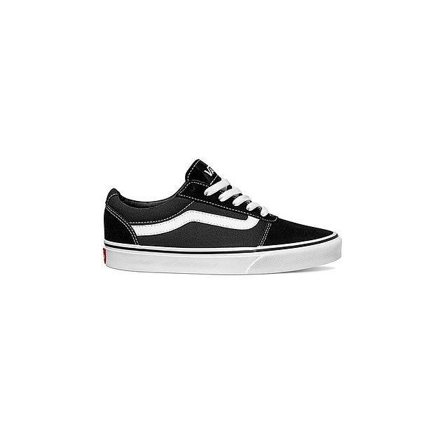 8. Son yılların klasikleşen bir başka favori modeli Vans Sneaker Ward