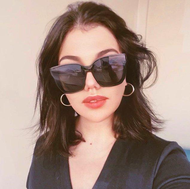 """8. Pucca olarak bilinen Pınar Yıldırım'ın """"Halkın bir kesimini cinsiyet farklılığına dayanarak alenen aşağılama"""" suçundan 1 yıla kadar hapsi istendi!"""