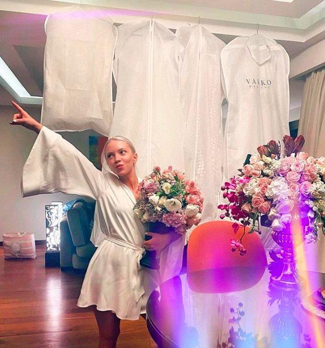 Ece Seçkin, düğünden önce yaptığı paylaşımla giyeceği gelinlikleri takipçilerinden birine hediye edeceğini söyledi, herkesi epey heyecanlandırdı!