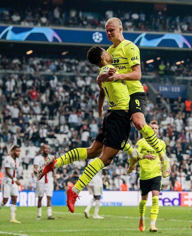 Karşılaşma, 2-1'lik Borussia Dortmund üstünlüğüyle noktalandı.