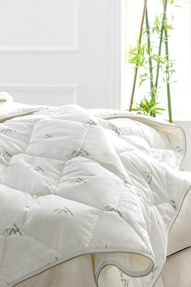 1. Seni kış boyu sıcak tutacak yorganlarla başlayalım. Terletme yapmayan Yataş bambu yorgan...