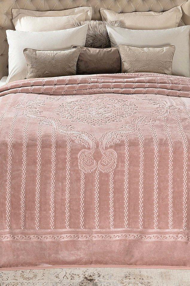 4. Battaniyeler de kış yataklarının olmazsa olmazlarından elbette.