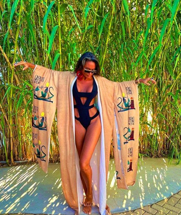 Her zaman yanık teni, envai çeşit bikini ve mayosu, kendine has pozlarıyla (bazen çalıntı da olsa) bu yaz yine ortamlardaydı Eda Taşpınar.