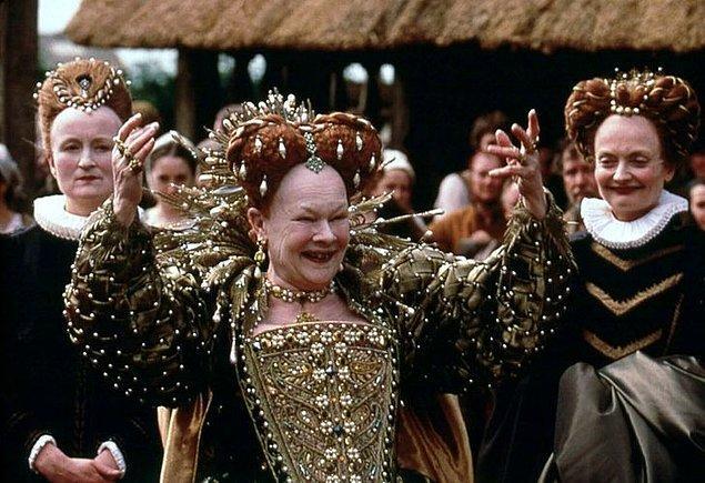 3. Elizabeth devrinin zararlı makyajı.