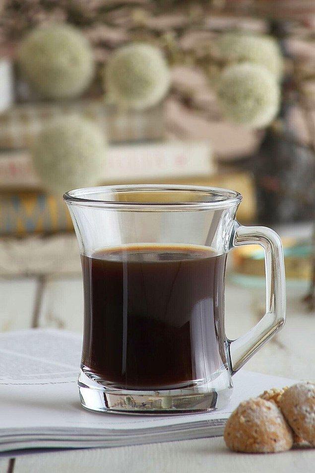 11. Çay içmeyi en sevdiğim kupa.