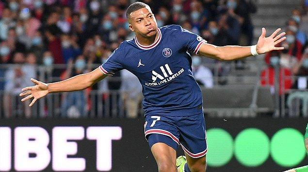 6. Kylian Mbappe (Paris Saint-Germain) - Haftalık 566 bin Dolar