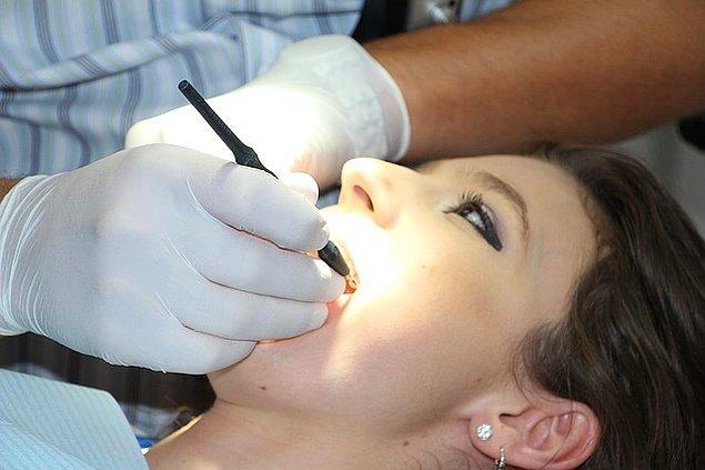 Diş hekiminizi ziyaret edin.