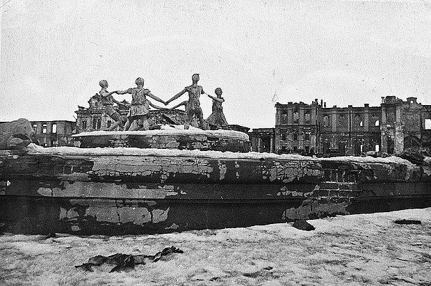 Stalingrad Muharebesi Kimler Arasında Oldu?