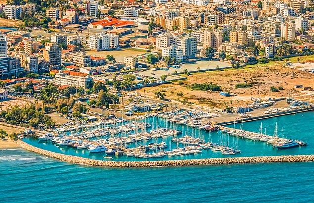 17. Larnaka - Güney Kıbrıs (M.Ö. 1400)