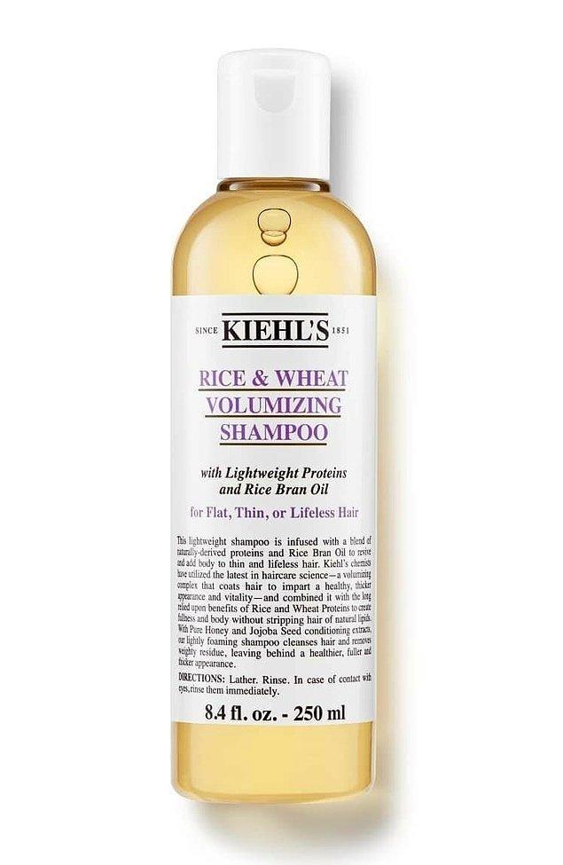 12. İnce telli saçlar için güçlendirici bir şampuan.