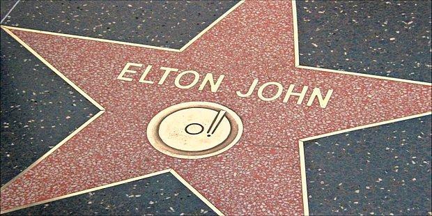 Elton John'un Ne Kadar Önemli Bir Müzisyen Olduğunu Kavrayabilmemiz İçin Dinlememiz Gereken 19 Şarkı