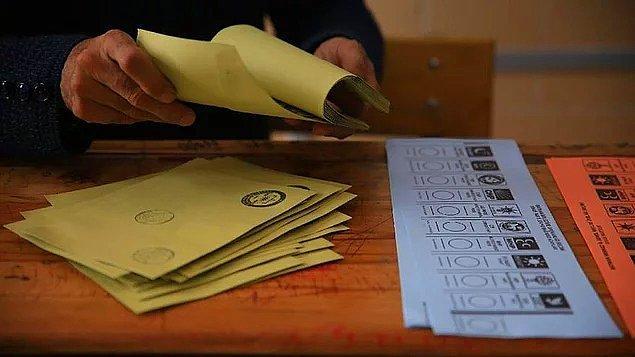 Hazırlanan bu araştırmaya göre bir partiye oy vermekte karar veremeyen vatandaşların oranı önemli oranda değişti.