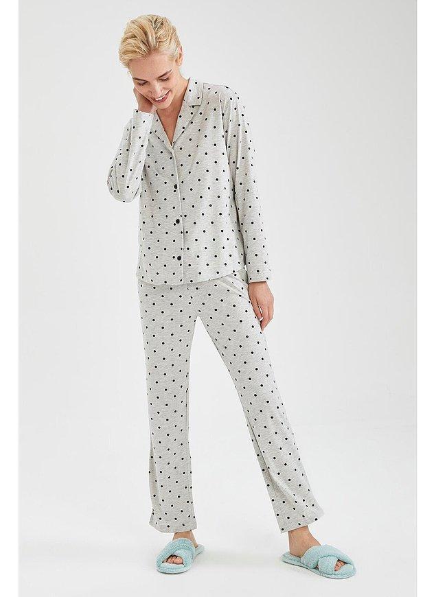 14. Puantiyeli pijama sevenler burada mı?