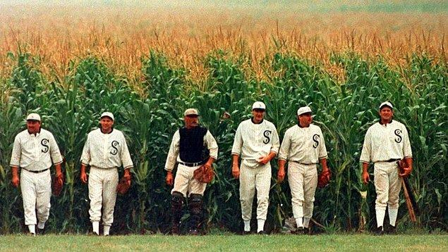 10. Field of Dreams (1989)