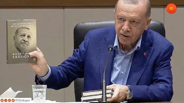 Recep Tayyip Erdoğan Kitabının Fransızca Baskısını İngilizce Diye Tanıttı!