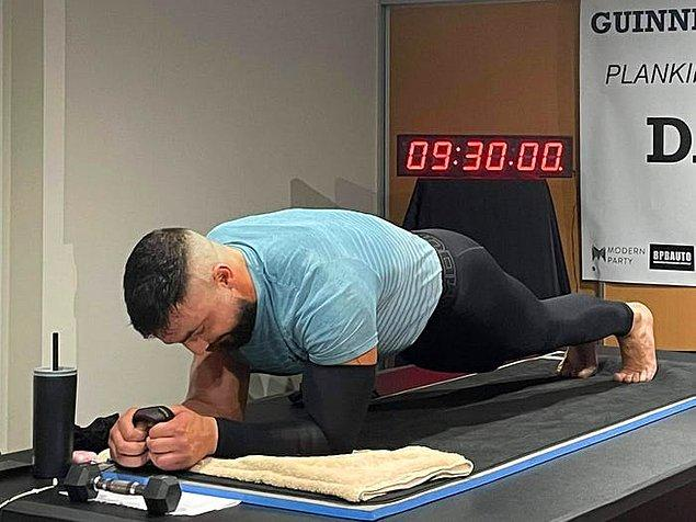 3. Avustralyalı Daniel Scali, 9.30 saat plank pozisyonunda durarak dünya rekorunu kırmıştır.