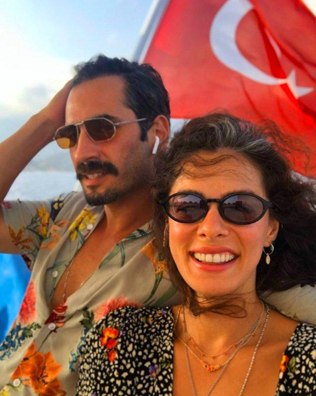 Çiftin, bebekleri dünyaya geldikten sonra İstanbul'da görkemli bir düğün yapmayı planladığı öğrenildi...