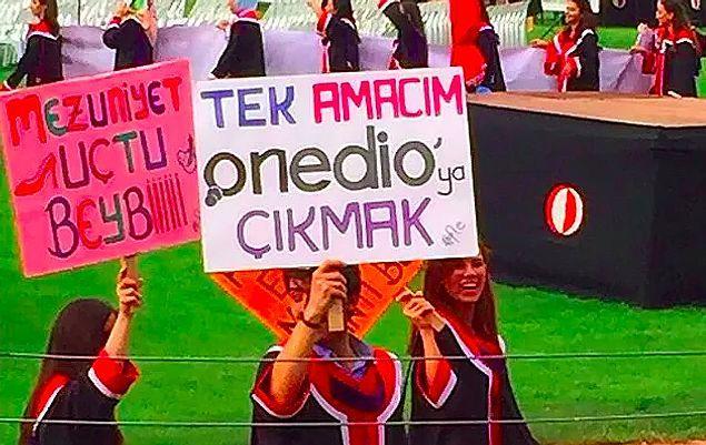 ODTÜ Rektörlüğü' 'vakaların arttığı' gerekçesiyle ODTÜ'nün gelenek haline gelen ve öğrencilerin pankartlarıyla katıldığı mezuniyet törenini yapmama kararı almıştı.