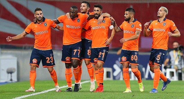 Başakşehir 16. dakikada Okaka ve 90. dakikada Gulbrandsen'in golleriyle Fenerbahçe'yi 2-0 mağlup etti.