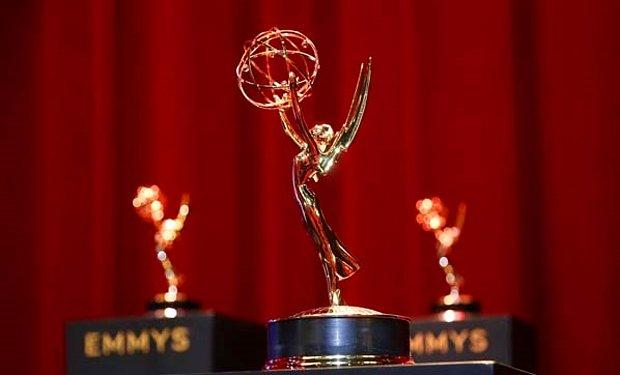 Emmy Ödülleri Sahibini Buldu: Netflix'in The Crown'un Dizisi Geceye Damga Vurdu
