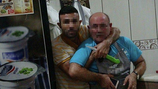 Antalya'da bir restoranda garson olarak çalışan Kamil Tarık A., gece saat 04.30 sıralarında mutfak bölümünde ustabaşı Lütfü Salman'ı boğazına dayadığı iki bıçakla rehin aldı.