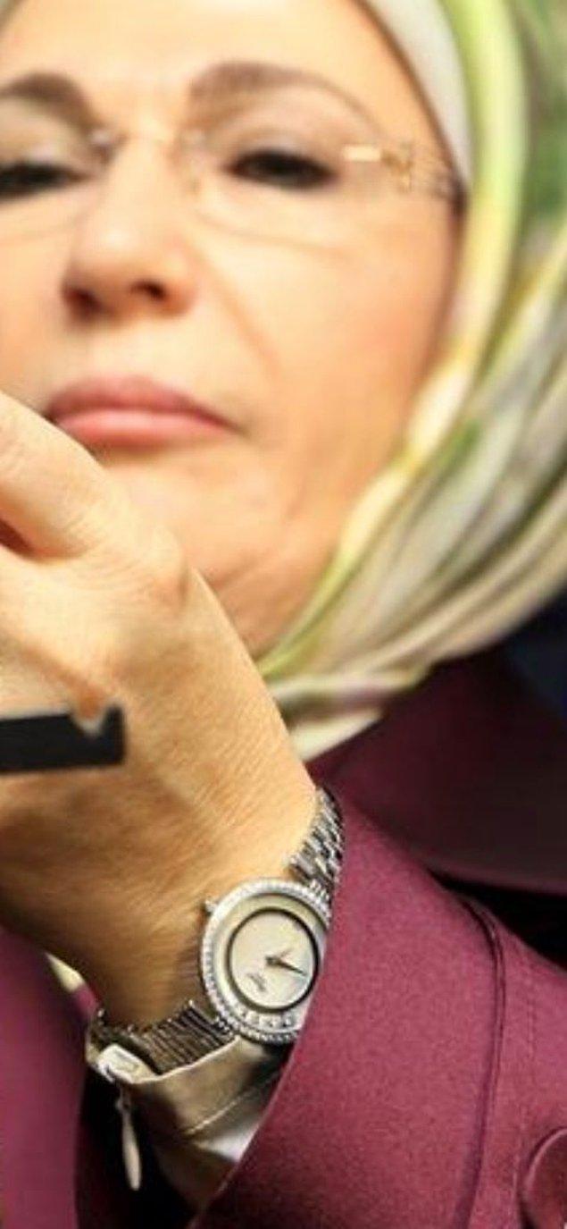 Bu kez ise Emine Erdoğan'ın kullandığı saat sosyal medyada konu oldu.