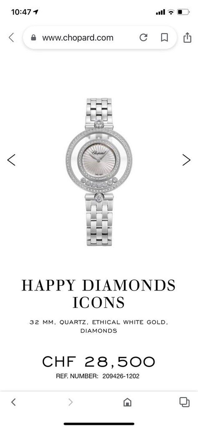 """Dünyaca ünlü mücevher markası Chopard'ın """"Happy Diamonds"""" koleksiyonundan seçilen saatin kayış kısmı 18 ayar beyaz altın."""