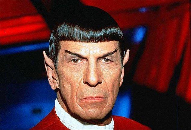 2. Yapılan çalışmalar sonucunda Spock karakterinin yaptığı tahminlerde ne kadar kendine güvenirse o kadar yanlış sonuçlar elde ettiği ortaya çıkmıştır.