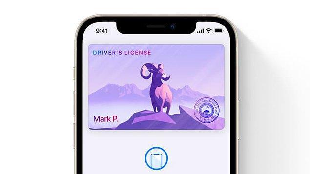 8. Apple Cüzdan'a hem ehliyetiniz, hem de ev, ofis, otel gibi uyumlu koşullarda anahtarlarınız eklenebilecek.