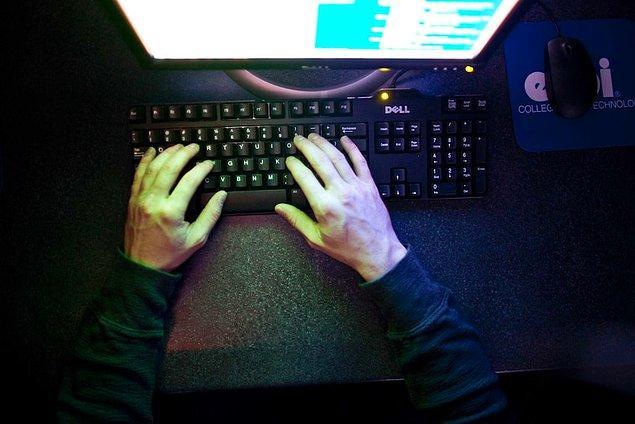 'Erkeklerin internete erişimi kadınlardan yüzde 13 daha fazla.'